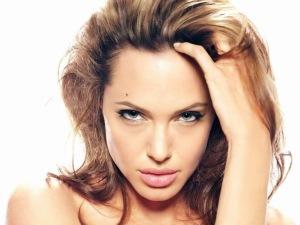 Анджелина Джоли29